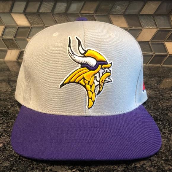 super popular e090f f2a6a Mitchell & Ness Minnesota Vikings SnapBack